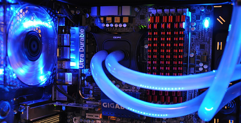 سیستم خنک کننده آبی   رایانه کمک مرکز حل مشکل کامپیوتر